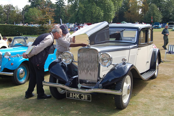 classic-and-vintage-car-show-02