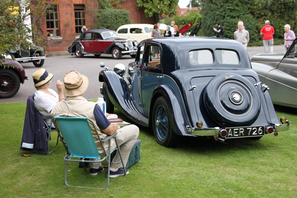 classic-and-vintage-car-show-18